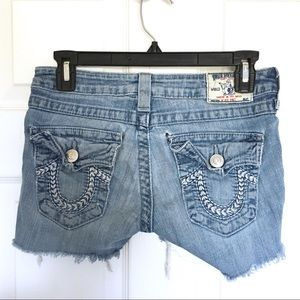 TRUE RELIGION Cut Off Shorts Size 26